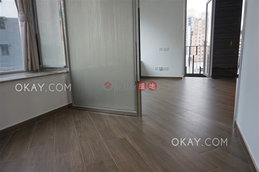 Charming 1 bedroom with balcony | Rental 100 Hill Road | Western District, Hong Kong | Rental | HK$ 23,000/ month