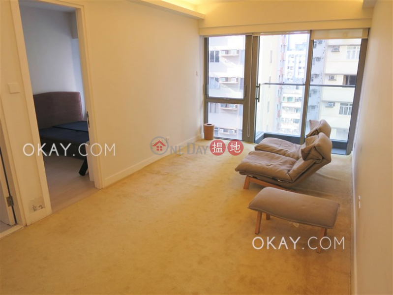 HK$ 27,000/ month | Po Wah Court | Wan Chai District Generous 1 bedroom with balcony | Rental
