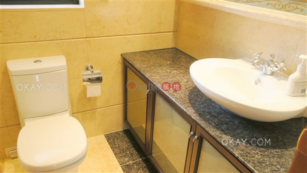 HK$ 50,000/ month, The Arch Sun Tower (Tower 1A),Yau Tsim Mong Popular 3 bed on high floor with sea views & balcony | Rental