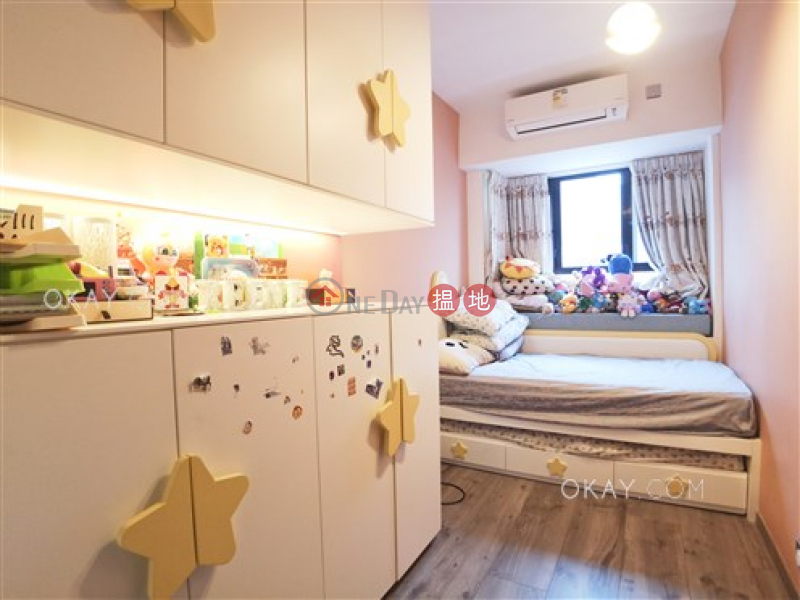 Gorgeous 3 bedroom with balcony & parking | For Sale | Winfield Building Block C 雲暉大廈C座 Sales Listings