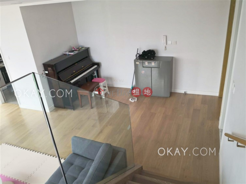 Luxurious 2 bed on high floor with sea views & rooftop | For Sale | Homantin Hillside Tower 1 何文田山畔1座 Sales Listings