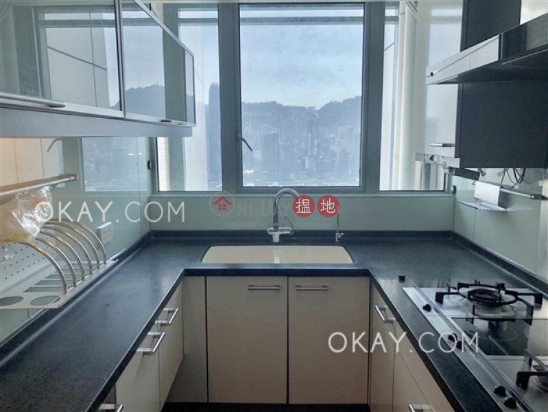 HK$ 60,000/ month The Harbourside Tower 2, Yau Tsim Mong Luxurious 3 bed on high floor with harbour views | Rental