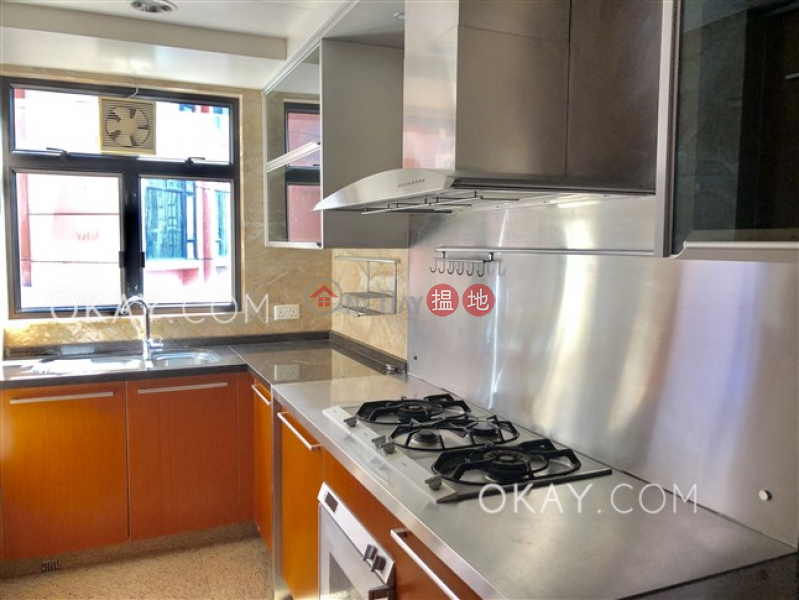 Stylish 4 bedroom on high floor with balcony & parking | Rental, 1 Austin Road West | Yau Tsim Mong | Hong Kong | Rental HK$ 70,000/ month