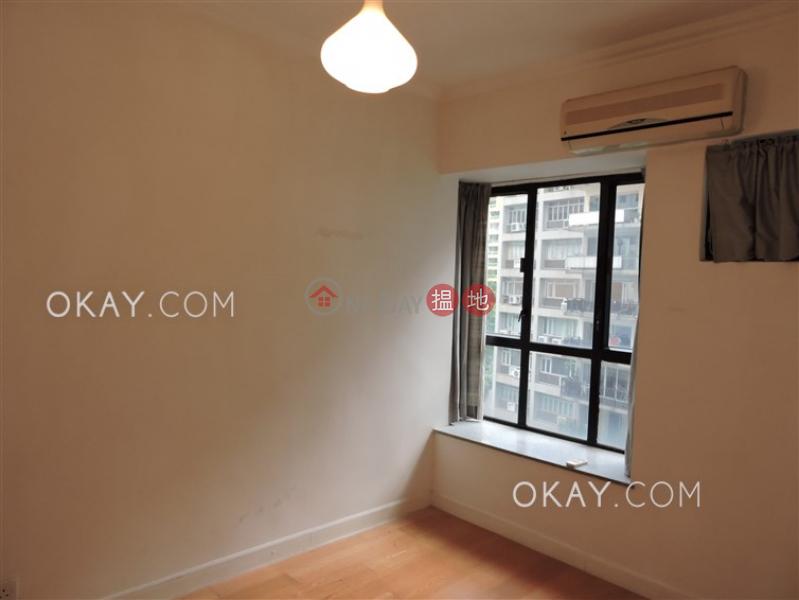 HK$ 50,000/ month Elegant Terrace Tower 1 Western District | Rare 3 bedroom with parking | Rental