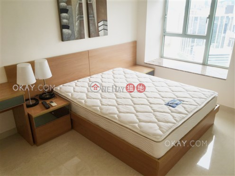 Unique 3 bedroom with sea views & balcony | Rental | Tower 2 The Victoria Towers 港景峯2座 Rental Listings
