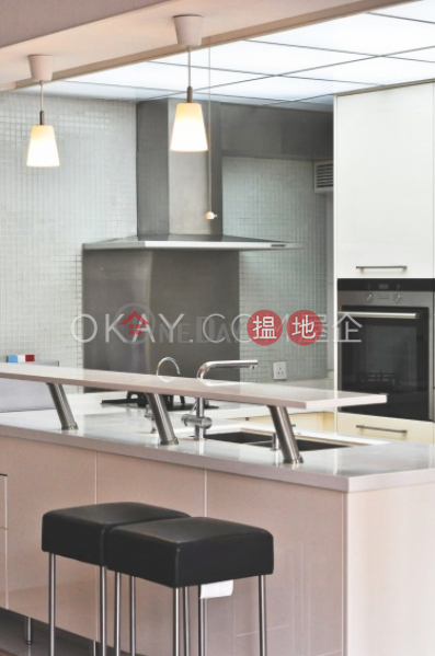 HK$ 37,000/ month | Blessings Garden | Western District | Tasteful 3 bedroom in Mid-levels West | Rental