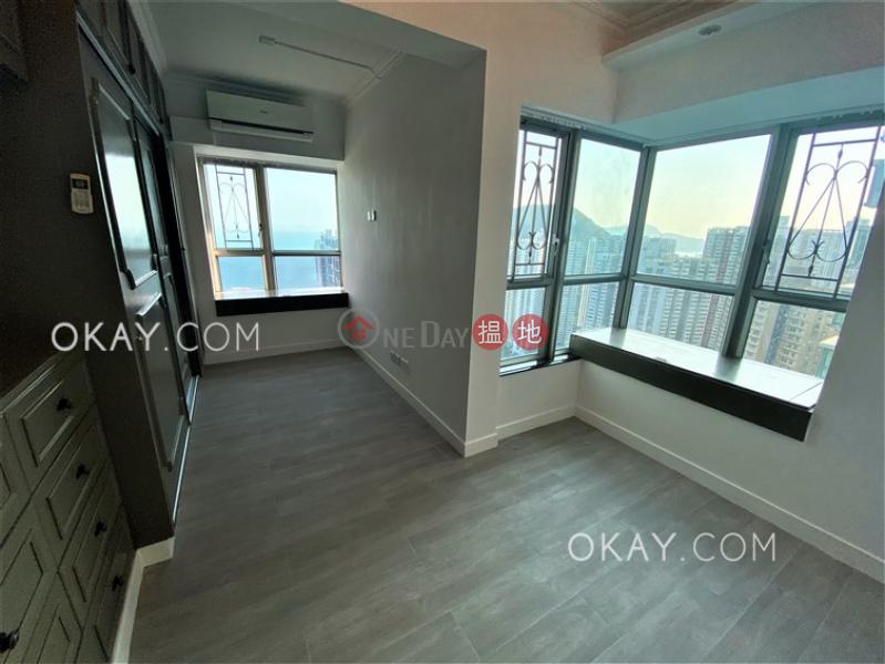 Stylish 3 bedroom on high floor with sea views | Rental | Sham Wan Towers Block 2 深灣軒2座 Rental Listings
