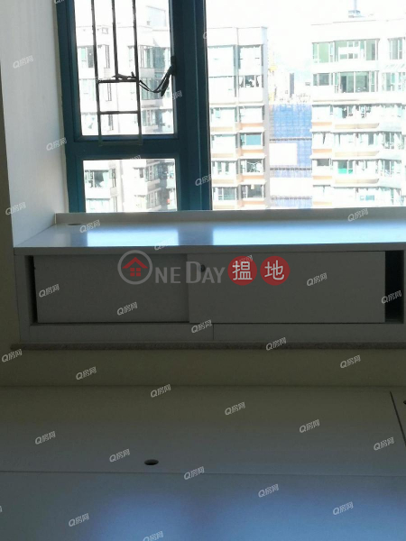 HK$ 37,000/ month | Tower 6 The Long Beach, Yau Tsim Mong | Tower 6 The Long Beach | 2 bedroom Mid Floor Flat for Rent