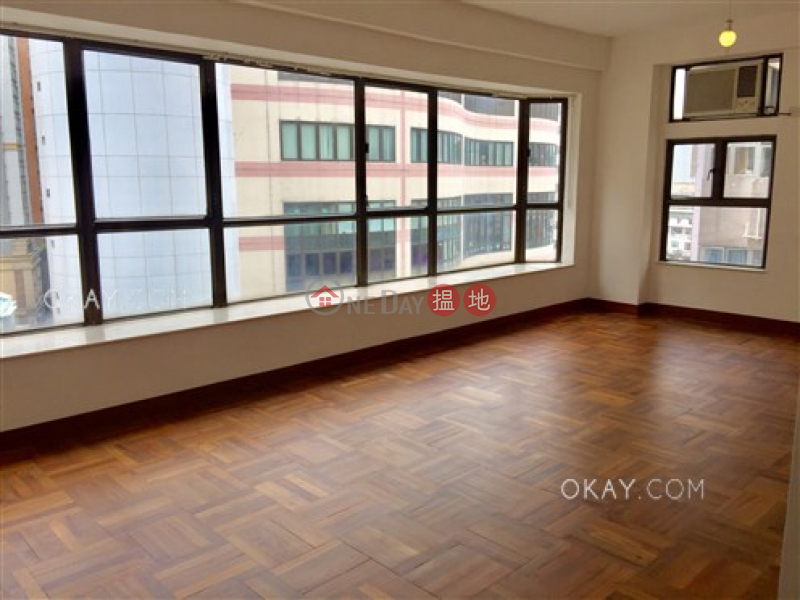 HK$ 38,000/ month, Sun and Moon Building, Wan Chai District Stylish 3 bedroom in Happy Valley | Rental