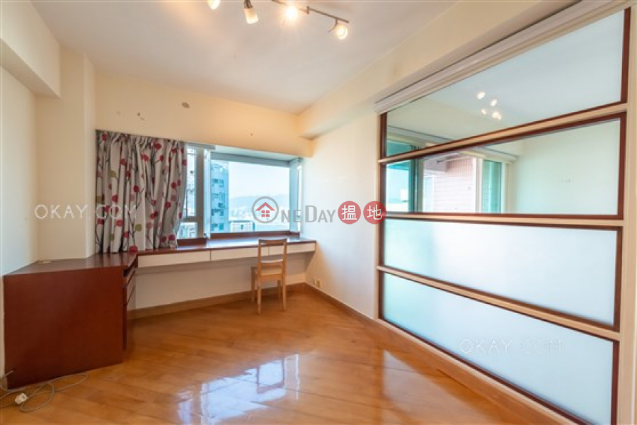 HK$ 39,000/ month, Pacific Palisades Eastern District | Popular 3 bed on high floor with sea views & balcony | Rental