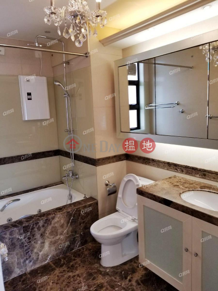 HK$ 70,000/ month, The Broadville | Wan Chai District | The Broadville | 3 bedroom High Floor Flat for Rent