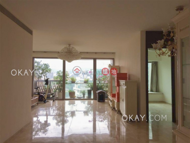 Beautiful 4 bedroom with balcony & parking | Rental | Celestial Heights Phase 2 半山壹號 二期 Rental Listings