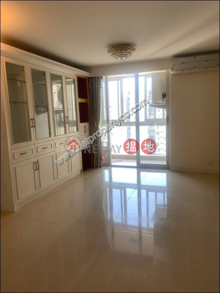 Property Search Hong Kong | OneDay | Residential Rental Listings 3 Bedrooms Spacious Unit in Fortress Hill for Rent