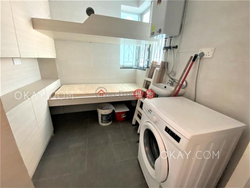 HK$ 2,400萬深灣軒2座 南區3房2廁,極高層,海景,星級會所深灣軒2座出售單位