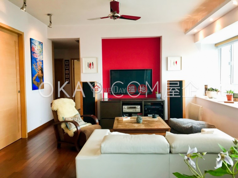 Unique 3 bedroom on high floor with sea views   Rental   Discovery Bay, Phase 2 Midvale Village, Island View (Block H2) 愉景灣 2期 畔峰 觀港樓 (H2座) Rental Listings