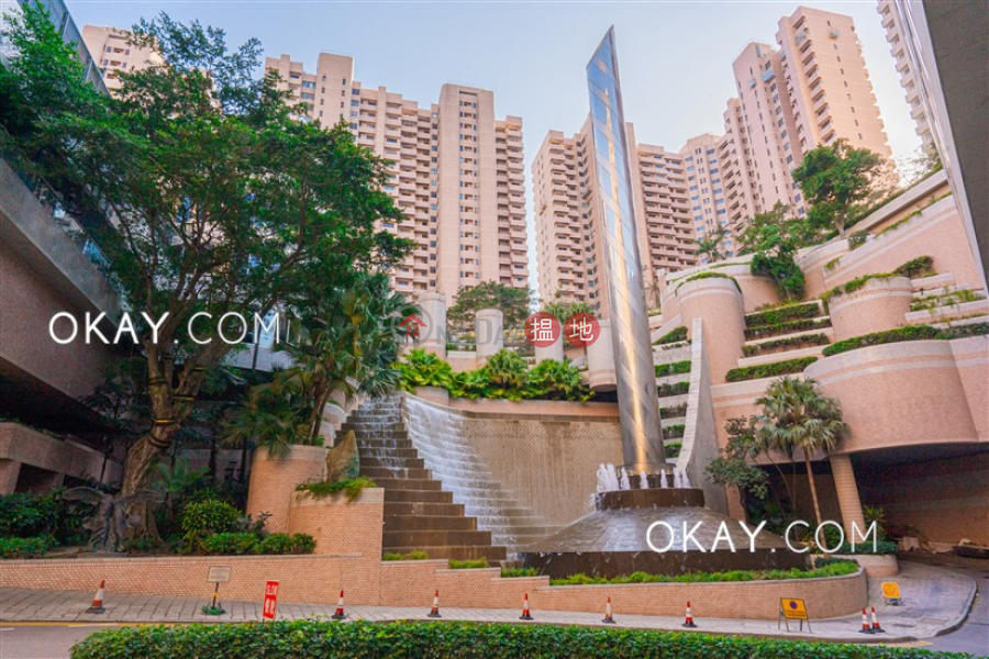 HK$ 95,000/ month | Parkview Heights Hong Kong Parkview, Southern District | Lovely 4 bedroom with balcony & parking | Rental