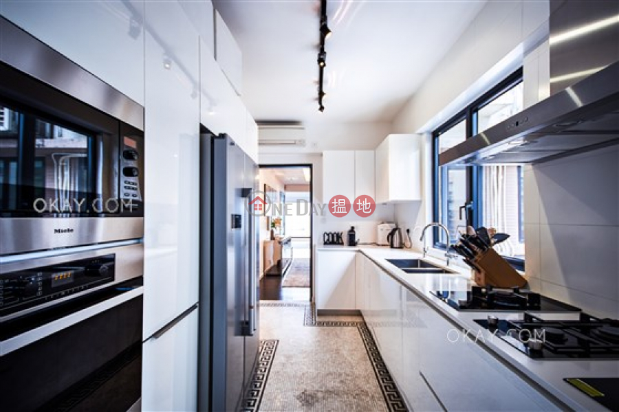 Efficient 3 bedroom with sea views & balcony | For Sale, 2-28 Scenic Villa Drive | Western District Hong Kong Sales | HK$ 55M