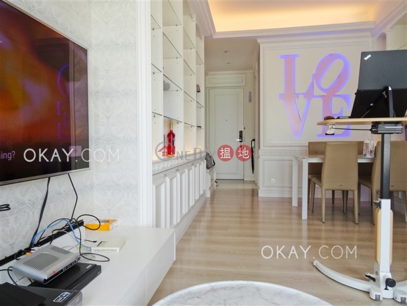 HK$ 45,000/ month SOHO 189 Western District | Lovely 3 bedroom on high floor with sea views & balcony | Rental