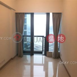 Practical 1 bedroom with harbour views & balcony   Rental