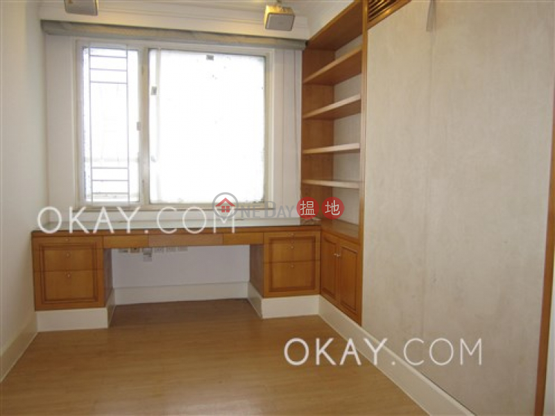 HK$ 60,000/ month, Wealthy Heights, Central District, Efficient 3 bedroom with parking | Rental