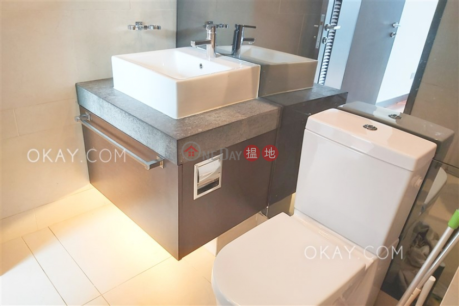 1房1廁,極高層,露台《嘉薈軒出租單位》 嘉薈軒(J Residence)出租樓盤 (OKAY-R63152)