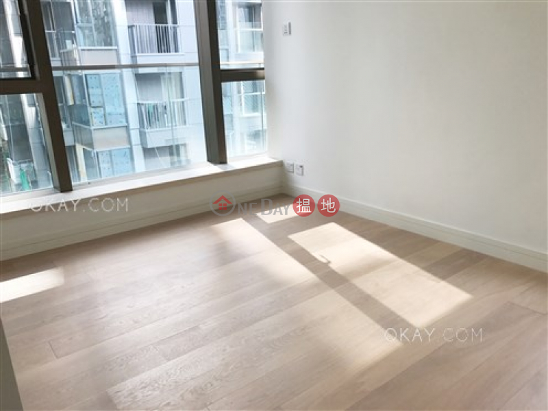 Luxurious 3 bedroom with terrace | For Sale | Kensington Hill 高街98號 Sales Listings