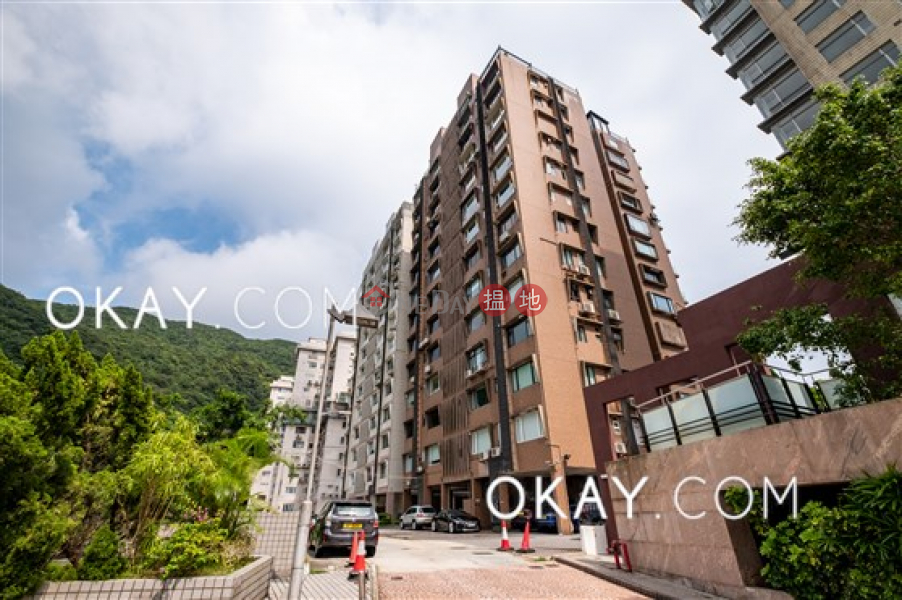 Beautiful 3 bedroom with balcony & parking | For Sale | Ridge Court 冠園 Sales Listings