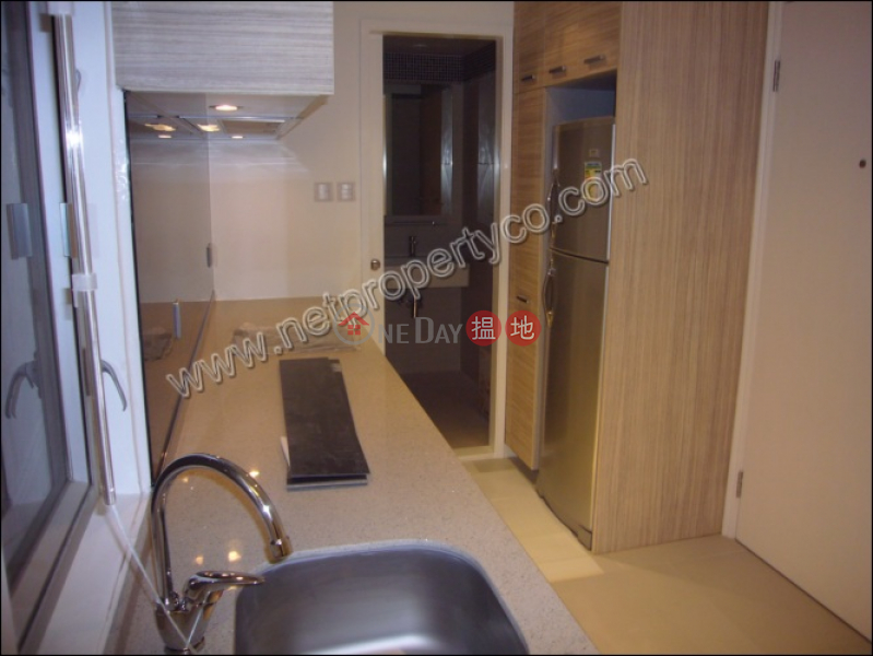 HK$ 17,900/ month, Go Wah Mansion | Wan Chai District 1-Bedroom Apartment for rent in Wan Chai