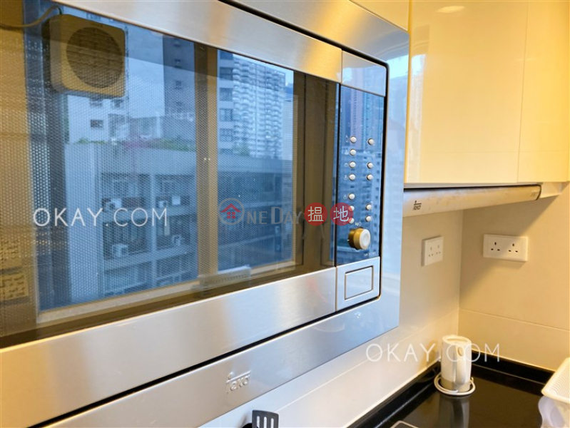 HK$ 30,000/ month The Icon Western District | Practical 2 bedroom with balcony | Rental