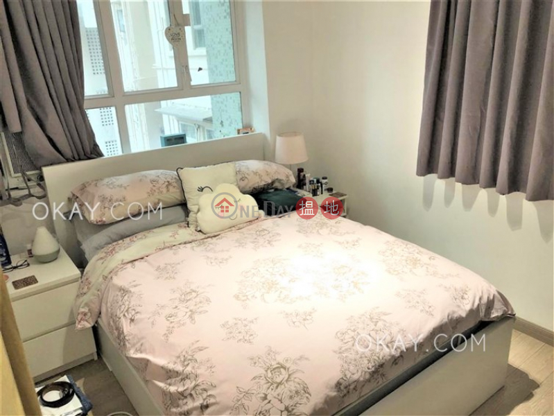 Caine Building, Middle Residential, Sales Listings HK$ 8.6M