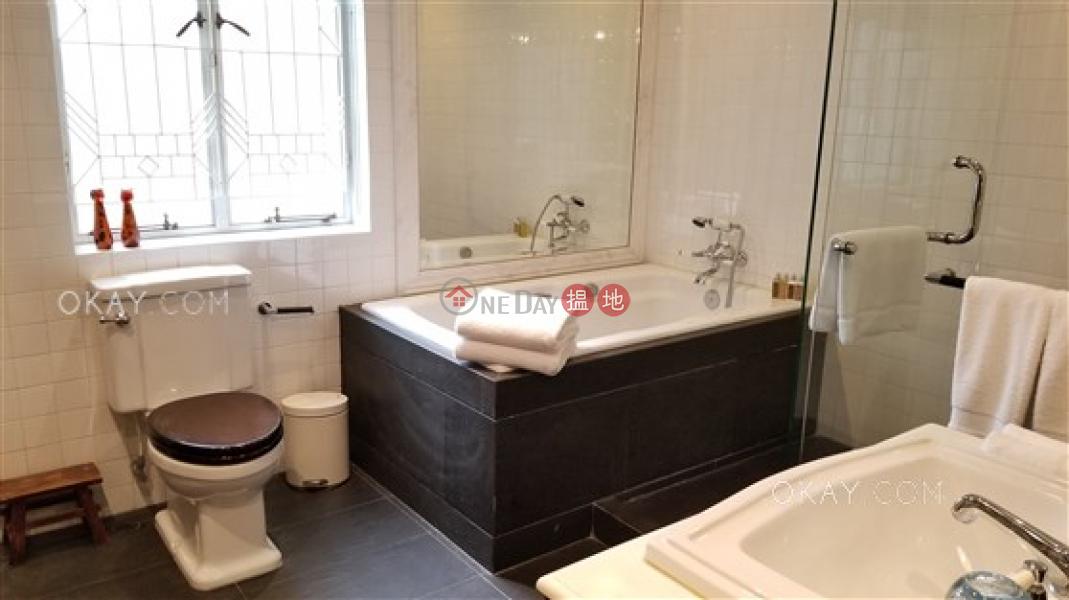 HK$ 90,000/ 月|開平道5-5A號-灣仔區-2房2廁,露台《開平道5-5A號出租單位》