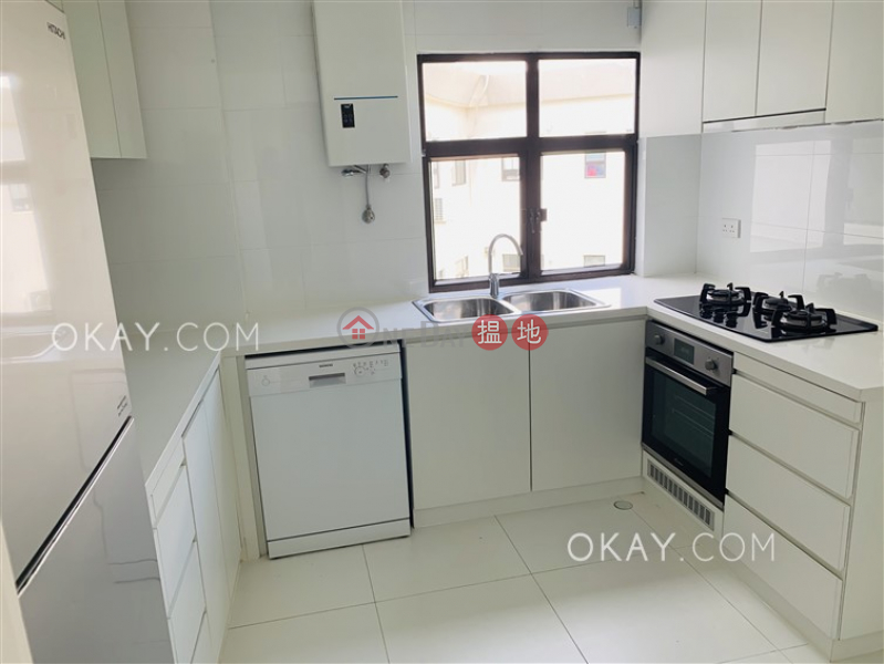 Property Search Hong Kong | OneDay | Residential, Rental Listings Luxurious 3 bed on high floor with sea views & rooftop | Rental