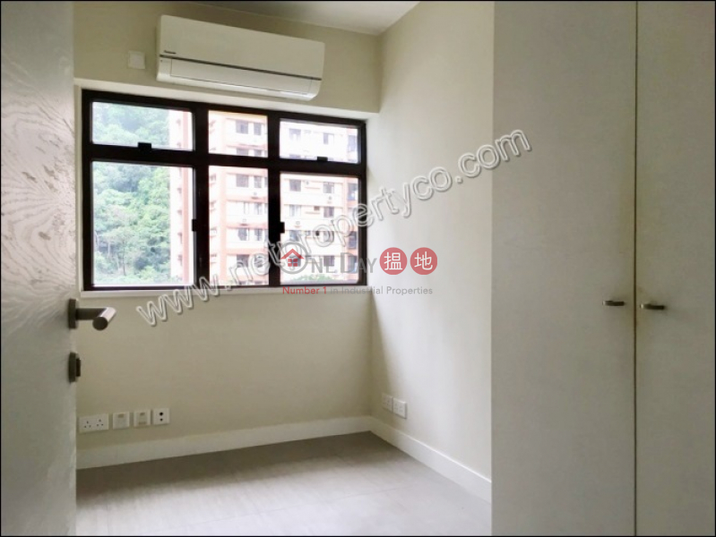 Friendship Court | Middle, Residential | Rental Listings | HK$ 38,000/ month