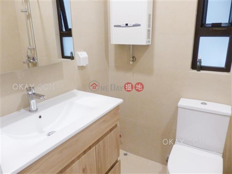Practical 2 bedroom on high floor | For Sale | Caine Building 廣堅大廈 Sales Listings
