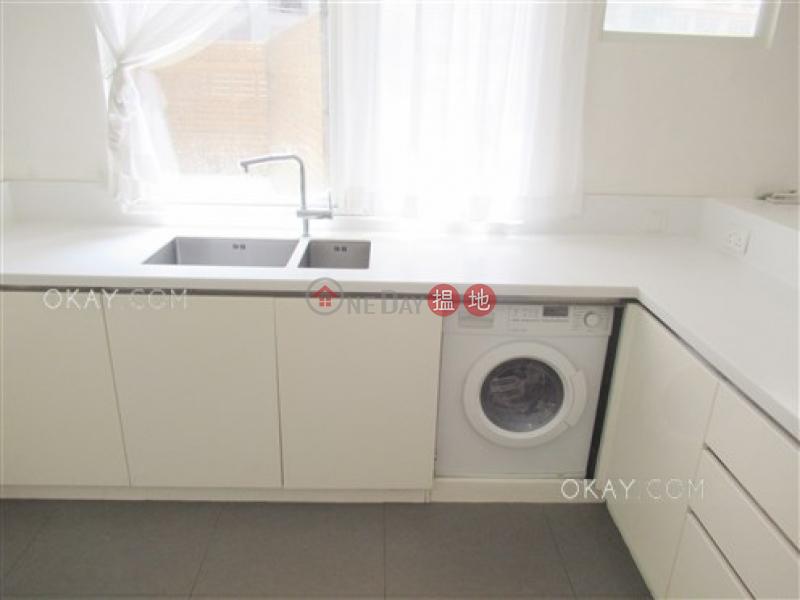 2房2廁《嘉富大廈出售單位》-19-27般咸道 | 西區-香港出售|HK$ 2,500萬