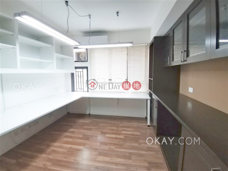 Exquisite 4 bedroom with balcony & parking | Rental | 29 Robinson Road | Western District Hong Kong Rental HK$ 68,000/ month