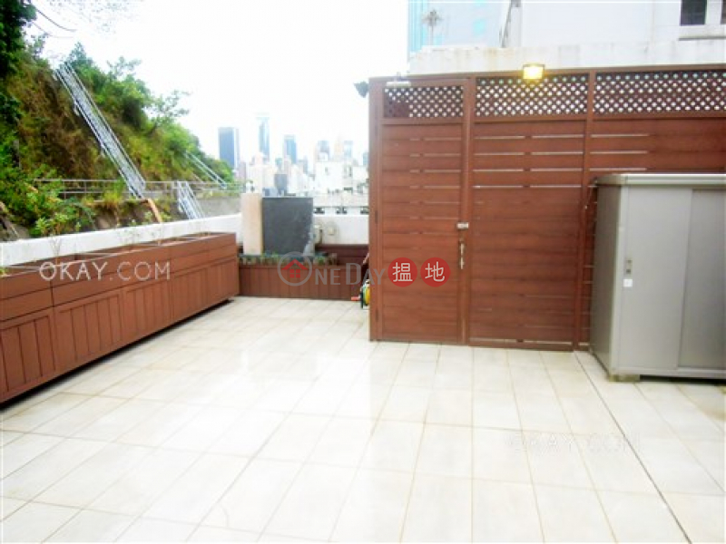 HK$ 16.8M | Shung Ming Court | Wan Chai District | Luxurious 2 bedroom on high floor with rooftop | For Sale