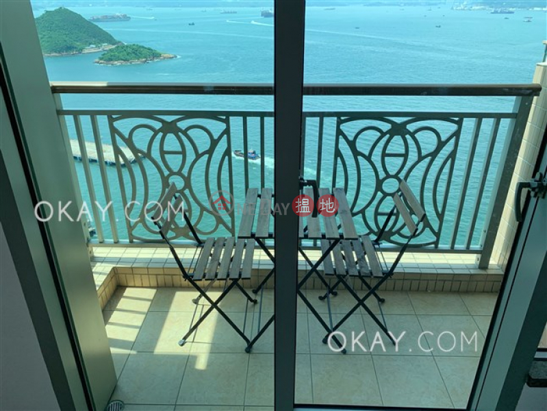 Nicely kept 2 bedroom on high floor with balcony | For Sale | The Merton 泓都 Sales Listings