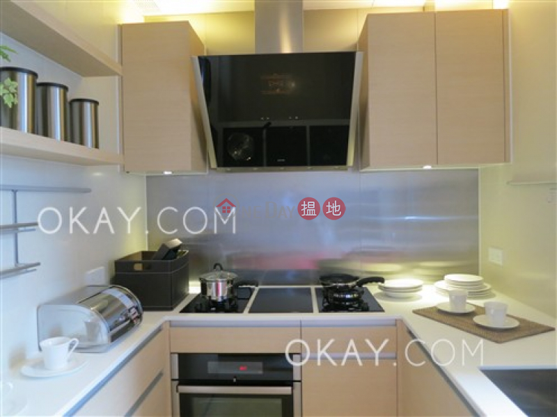 Charming 3 bedroom on high floor with balcony | For Sale, 189 Queen Road West | Western District, Hong Kong, Sales HK$ 25M