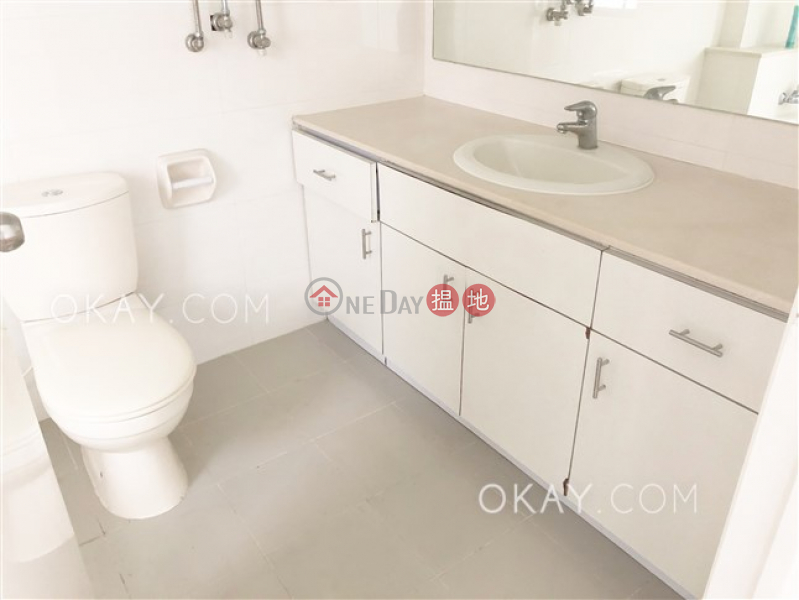 HK$ 70,000/ month | Woodland Garden Central District | Rare 3 bedroom with balcony & parking | Rental