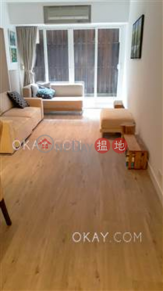 HK$ 32,000/ month | Rhine Court, Western District, Stylish 1 bedroom with terrace | Rental