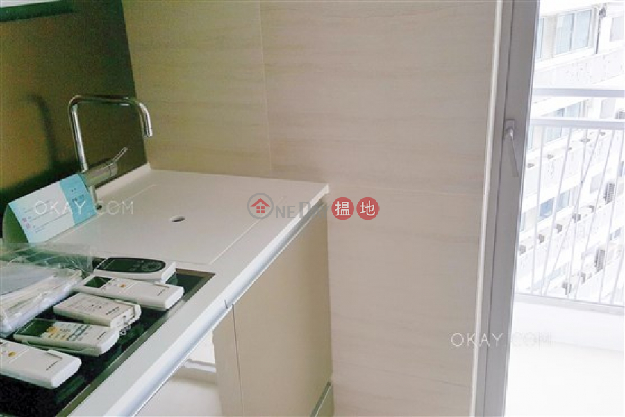 HK$ 11M | South Coast, Southern District, Elegant 2 bedroom on high floor with balcony | For Sale