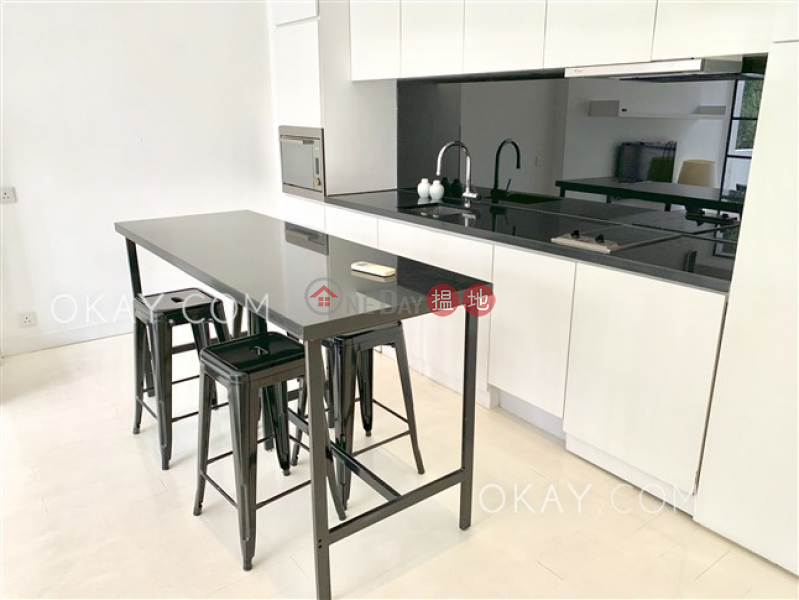 Gorgeous 2 bedroom with rooftop & balcony   For Sale   17-17A Shelley Street 些利街17-17A號 Sales Listings