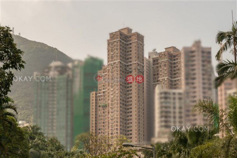 Popular penthouse with rooftop | For Sale, 8 Robinson Road | Western District | Hong Kong Sales | HK$ 25M