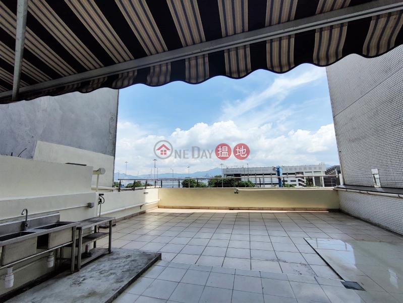 ** 投資推介 ** 罕有超大平台, 開揚海景, 光猛, 近港鐡站|興泰大廈(Hing Tai Building)出售樓盤 (E80680)