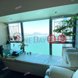 Tower 7 Island Resort | 3 bedroom Mid Floor Flat for Sale