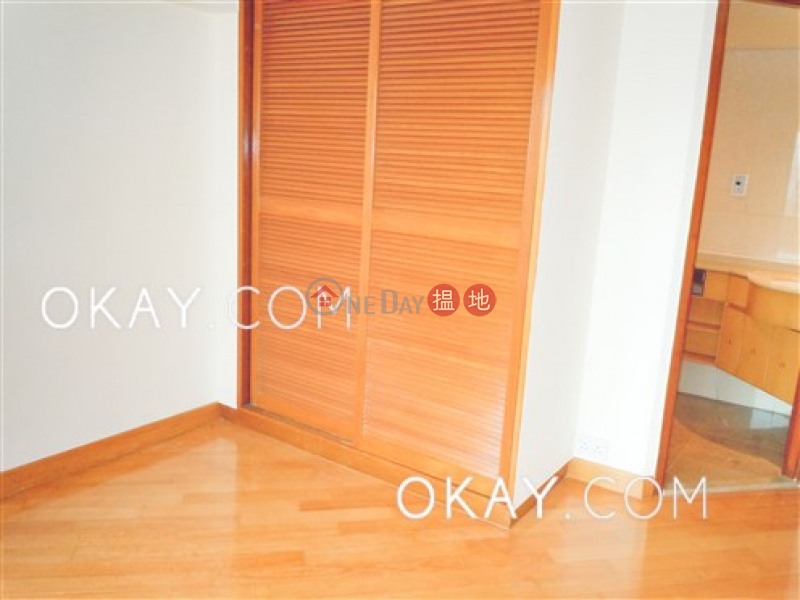 Lovely 3 bedroom with balcony & parking   Rental   Pacific Palisades 寶馬山花園 Rental Listings