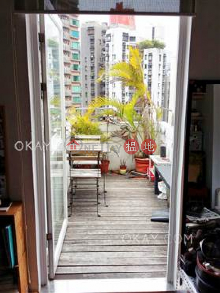 Charming 1 bedroom on high floor with rooftop & terrace | Rental | On Fung Building 安峰大廈 Rental Listings