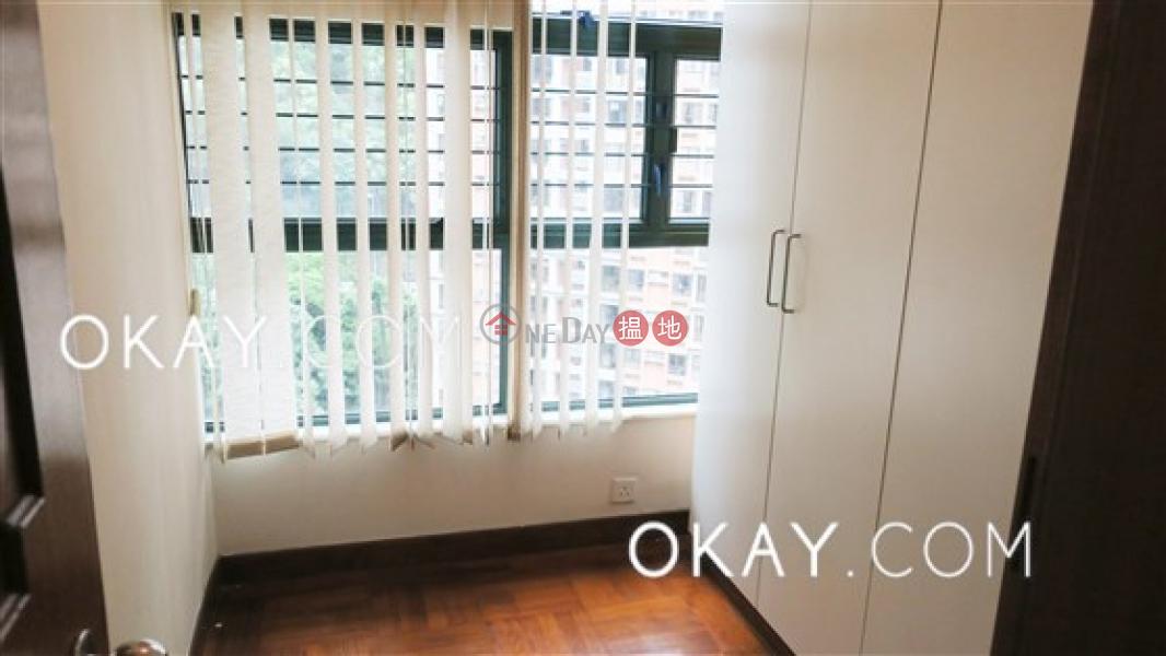 HK$ 35,000/ 月|蔚巒閣西區|3房2廁,實用率高,可養寵物,連車位《蔚巒閣出租單位》