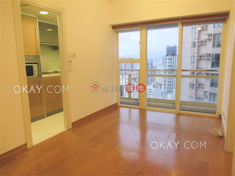 HK$ 25,000/ month Centrestage | Central District, Lovely 2 bedroom on high floor with balcony | Rental